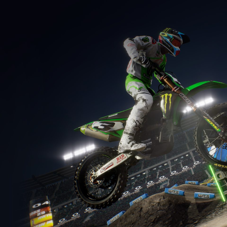 Monster Energy Supercross -The Official Videogame 3 è disponibile.